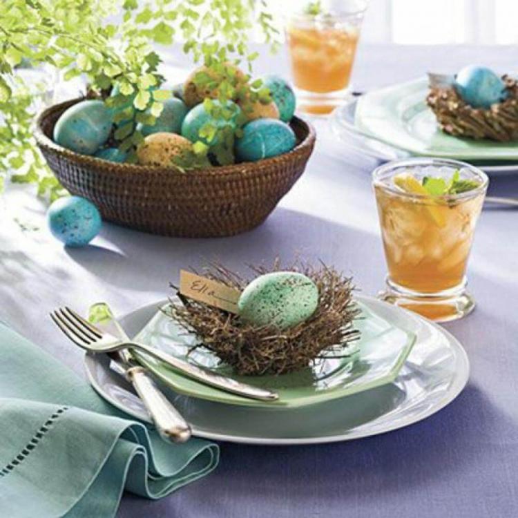 Как да декорираме празничната трапеза за Великден